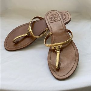 Tory Burch gold flip flop sandal  Size 9